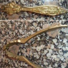 Antigüedades: ANTIGUO CASCANUECES EN BRONCE MIDE 14 CM. DE LARGO . Lote 52490719