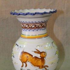 Antigüedades: JARRON EN CERAMICA PUENTE DEL ARZOBISPO. Lote 52524137
