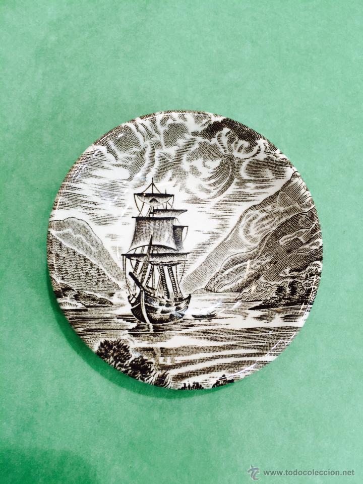 PEQUEÑO PLATO DE PORCELANA LOCHS OF SCOTLAND ENOCH WEDGWOOD TUNSTALL LTD - INGLATERRA (BARCO) (Antigüedades - Porcelanas y Cerámicas - Inglesa, Bristol y Otros)