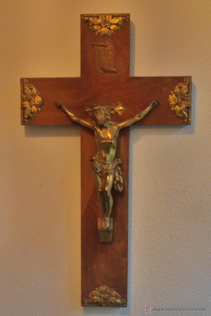 CRUCIFIJO, CRISTO EN LA CRUZ, CRUZ DE MADERA CON CRISTO (Antigüedades - Religiosas - Crucifijos Antiguos)