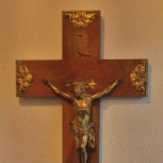 Antigüedades: CRUCIFIJO, CRISTO EN LA CRUZ, CRUZ DE MADERA CON CRISTO. Lote 52554268
