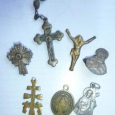 Antigüedades: LOTE 7 MUY ANTIGUOS CRUCIFIJO MEDALLA CRUZ JESUCRISTO EN DISTINTOS MATERIALES ER FOTOS. Lote 52571704
