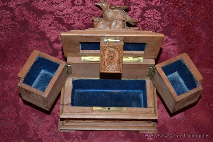 Antigüedades: PRECIOSO JOYERO EN MADERA DE NOGAL FINAMENTE TALLADA,S. XIX - Foto 9 - 52588058