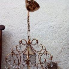 Antigüedades: LÁMPARA ANTIGUA DE CRISTALES TALLADOS.. Lote 52589827