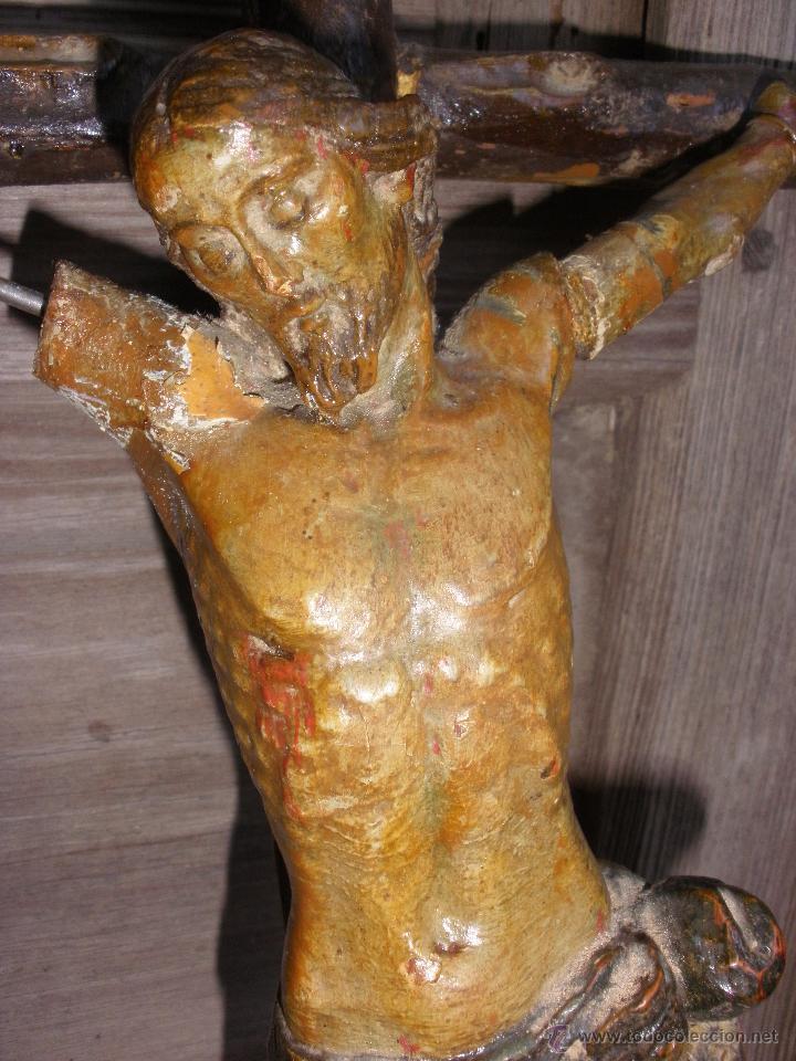 ANTIGUO CRUCIFIJO MADERA TALLADA, CRISTO SIGLO XVIII .XIX RESTAURAR (Antigüedades - Religiosas - Crucifijos Antiguos)