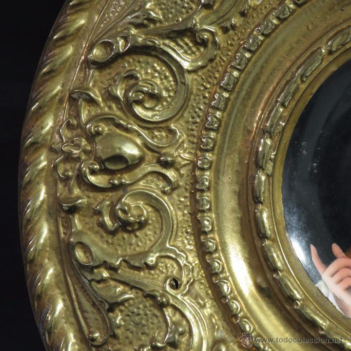 Antigüedades: ANTIGUO PLATO PORCELANA SARREGUEMINES CON MARCO DE METAL - Foto 6 - 52597312