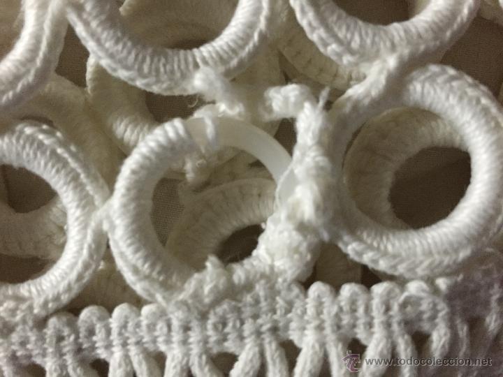 Antigüedades: Camino de mesa de ganchillo 100 x 20 cms. - Foto 4 - 52666511