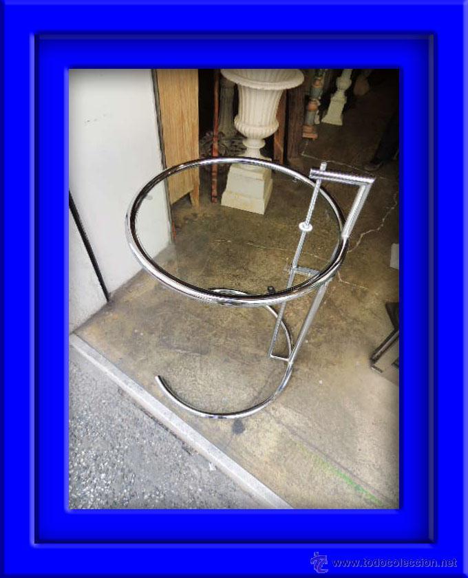 Mesa mesita de aluminio y cristal tipo le courb comprar for Mesa cristal le corbusier