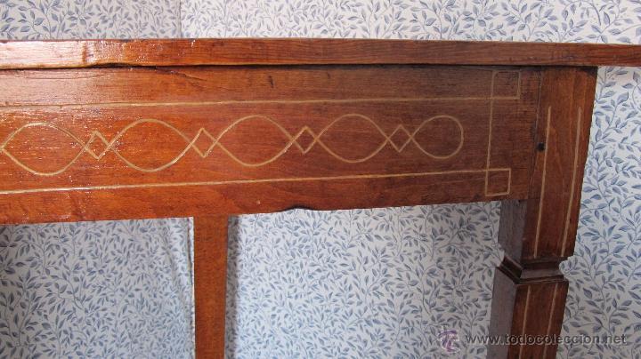 Antigüedades: Pareja de bonitos veladores de época Carlos IV - Foto 2 - 52763184