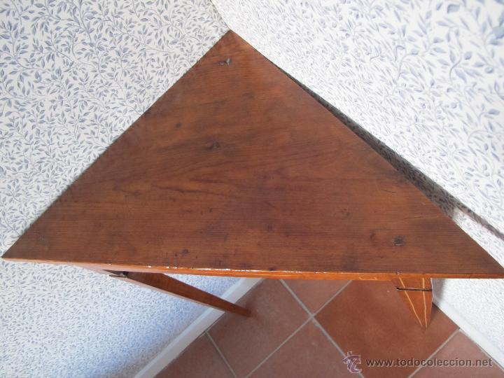 Antigüedades: Pareja de bonitos veladores de época Carlos IV - Foto 3 - 52763184