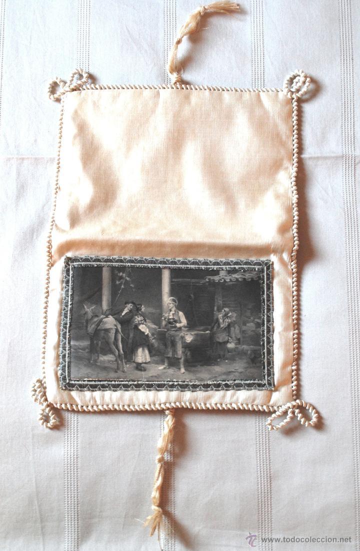 Antigüedades: Bolsa de seda con ilustración para pañuelos del s. XIX (ver fotos adicionales) - Foto 3 - 52781699