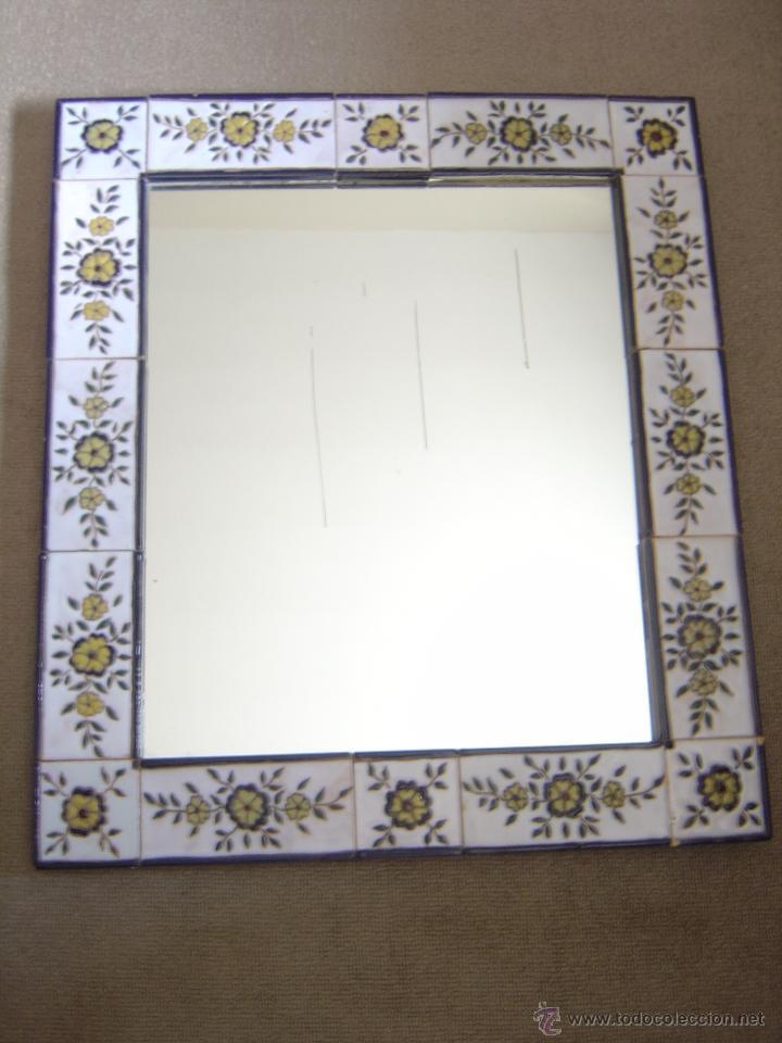 Bonito espejo con marco de ceramica motivos flo comprar - Espejos de ceramica ...