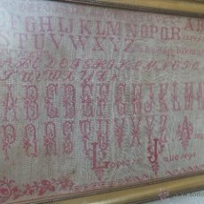 Antigüedades: DECHADO O ABECEDARIO BORDADO A PUNTO DE CRUZ AMPARO LOPEZ 1898. Lote 52806263