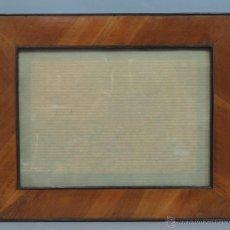 Antigüedades: ANTIGUO Y BONITO MARCO CHAPEADO EN NOGAL. SIGLO XIX. BUEN ESTADO. Lote 52808094