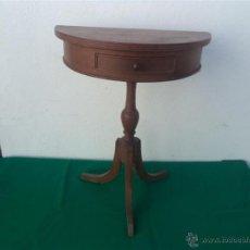 Antiquités: PEQUEÑA CONSOLA. Lote 134770902
