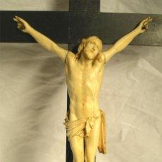Antigüedades: CRISTO CRUCIFIJO 4 CLAVOS SOBREMESA TALLA DE MARFIL S XIX, BUEN ESTADO. MED. 20 X 45 CM. Lote 52837196