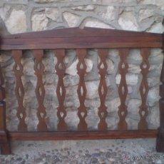 Antigüedades: CABECERO DE CAMA RUSTICO 150 CM DE LARGO. Lote 52848345