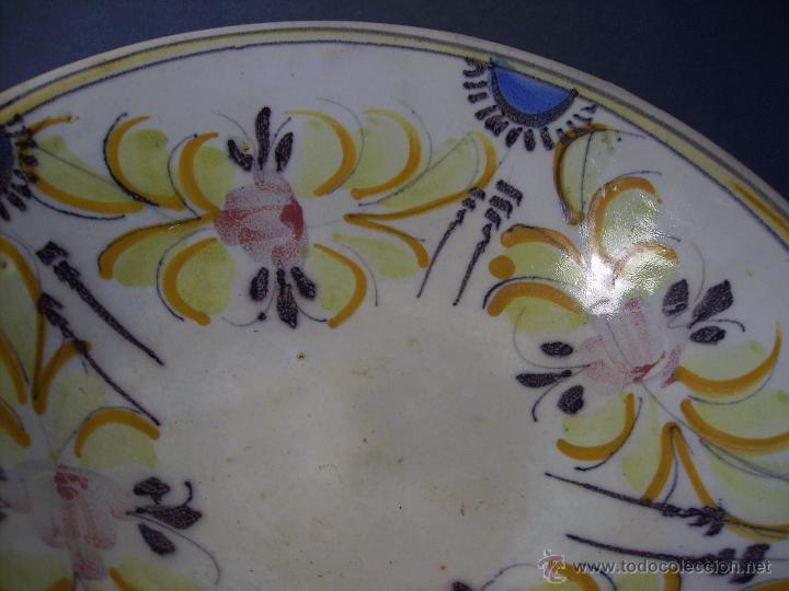Antigüedades: GRAN PLATO CERÁMICA DE TALAVERA XIX - Foto 7 - 52870026