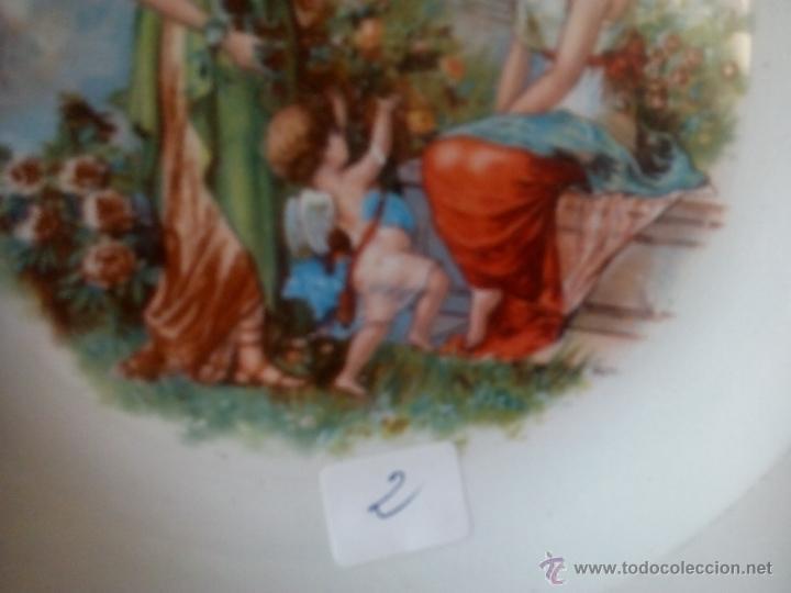 Antigüedades: 2.QUE BELLEZA. PLATO LA ASTURIANA. MARIANO POLA. GIJON. DAMAS Y CUPIDO EN JARDIN. RARO. FINAL XIX - Foto 6 - 52909757