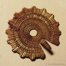 Antigüedades: ANTIGUA CORONA DE LATON PARA IMAGEN RELIGIOSA DE 3,50 CM. DE DIAMETRO,. Lote 52922011