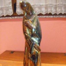Antigüedades: MUJER ESCAYOLA PINTURA METALIZADA. Lote 52923940