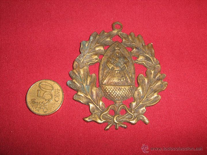 Antigüedades: ANTIGUA MEDALLA DE PRICIPIOS DEL SIGLO XX CON IMAGEN DE NTRA SRA ESCARDIEL - Foto 2 - 52932395