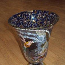 Antigüedades: PRECIOSO JARRON MODERNISTA CATALAN PINTADO A MANO. Lote 52939471