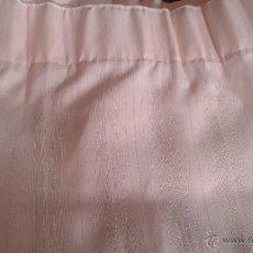 Antigüedades: PRECIOSA CORTINA DE COLOR ROSA.. Lote 52944693