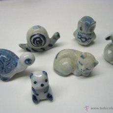 Antigüedades: FIGURA GATO PORCELANA DELFT ANIMALES MINIATURA. Lote 82875958