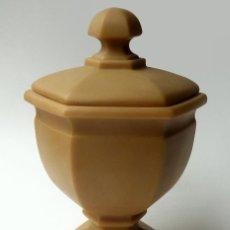 Antigüedades: ANTIGUA BOMBONERA COPA DE MARMOLINA CON TAPA VINTAGE DISEÑO CLÁSICO MARCA IMPERIO - VALENCIA ESPAÑA. Lote 52965869