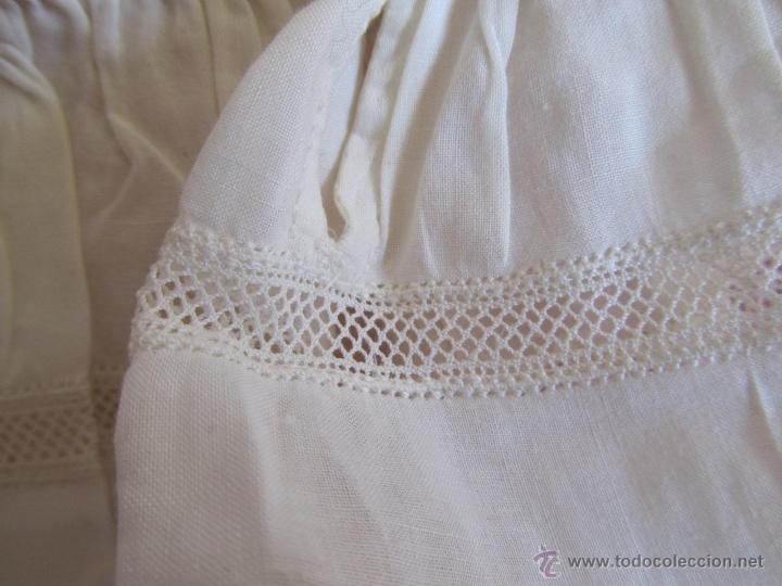 Antigüedades: Vestido de tirantes de hilo para bebé con encaje de bolillos - Foto 6 - 52968311