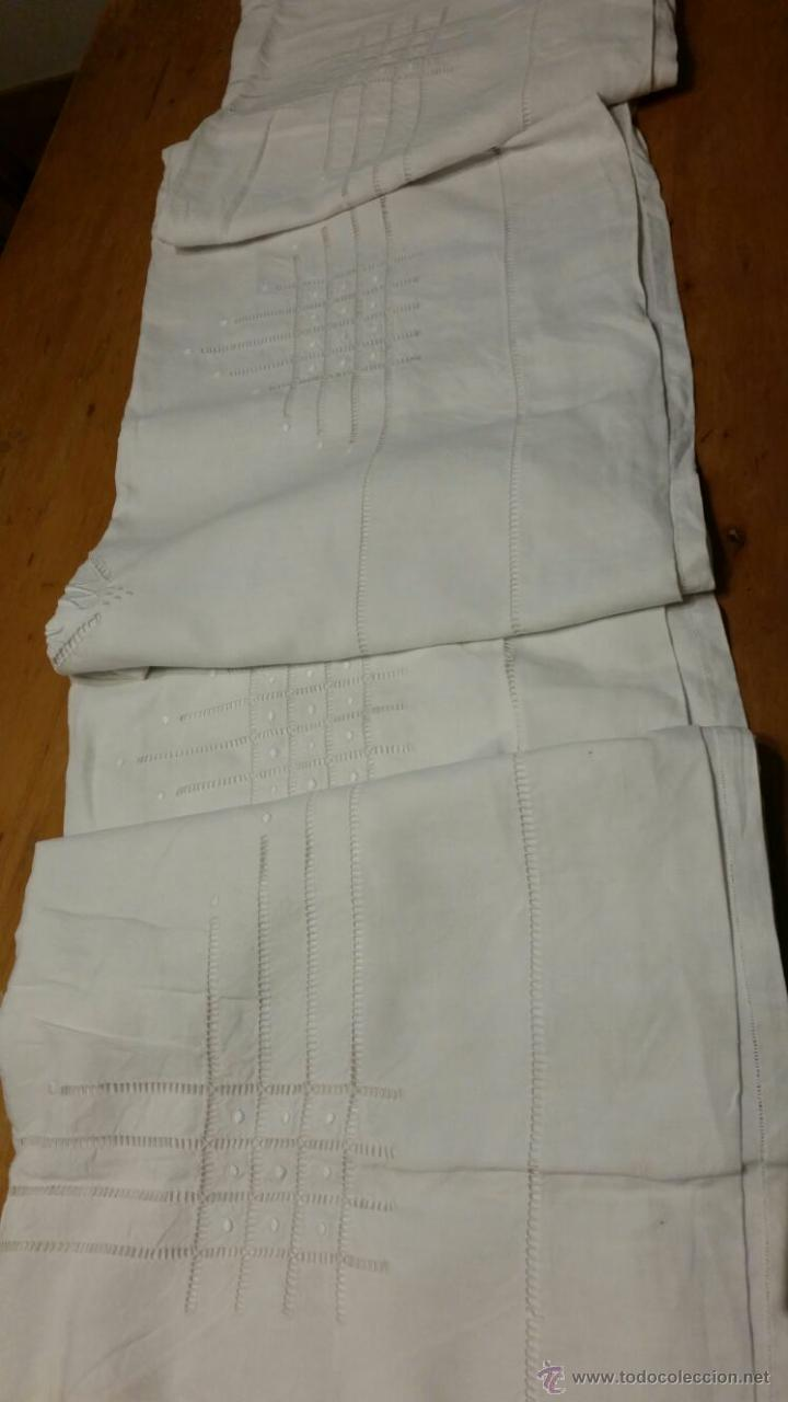 Antigüedades: Antigua sábana de lino bordada francés. 240x300 - Foto 9 - 52967585