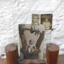 Antigüedades: PRECIOSO PORTAFOTOS ANTIGUO ART DECO MADERA RAIZ NOGAL CRISTAL PORTA FOTOS MARCO PARA FOTOGRAFIA. Lote 52971773