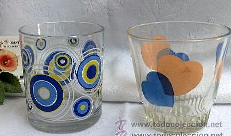 Dos Antiguos Vasos Decorados