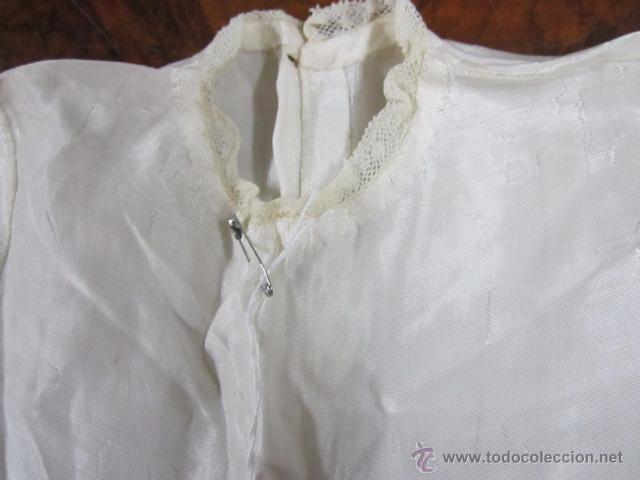 Antigüedades: Antiguo faldón o traje de acristianar, con gorrito. - Foto 4 - 53005365