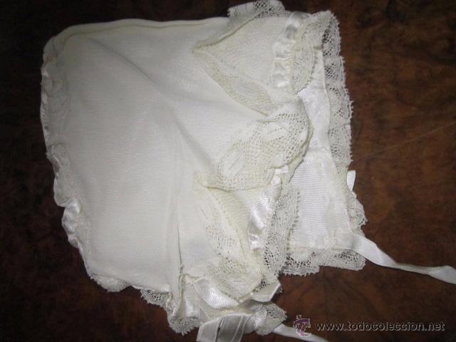 Antigüedades: Antiguo faldón o traje de acristianar, con gorrito. - Foto 11 - 53005365
