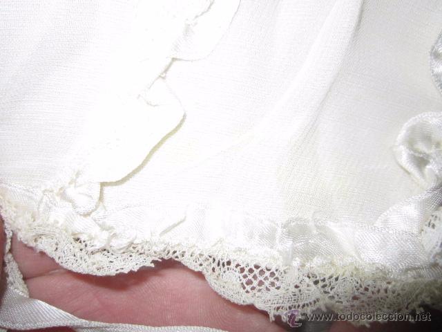 Antigüedades: Antiguo faldón o traje de acristianar, con gorrito. - Foto 13 - 53005365