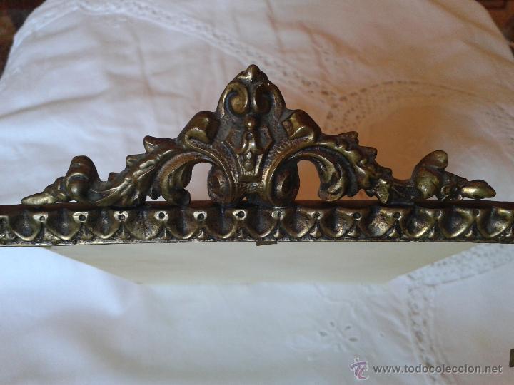 Antigüedades: marco de bronce - Foto 2 - 53006799