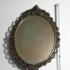 Antigüedades: ANTIGUO ESPEJO TOCADOR MODERNISTA DE BRONCE 50CM. Lote 53020236