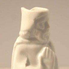 Antigüedades: CERAMICA BLANCA APOSTOL. CASTRO SARGADELOS . BASE INCISA DOLMEN.. Lote 53051177