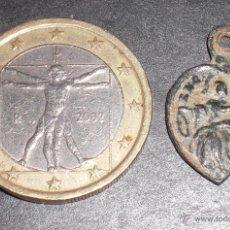 Antigüedades: ANTIGUA MEDALLA SIGLO XVII FORMA DE CORAZON. Lote 53053851