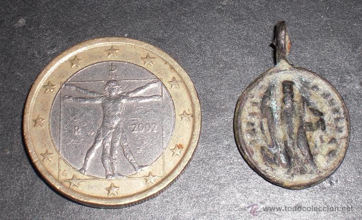 Antigüedades: Antigua medalla siglo XVII exhorcismo - Foto 2 - 53053880