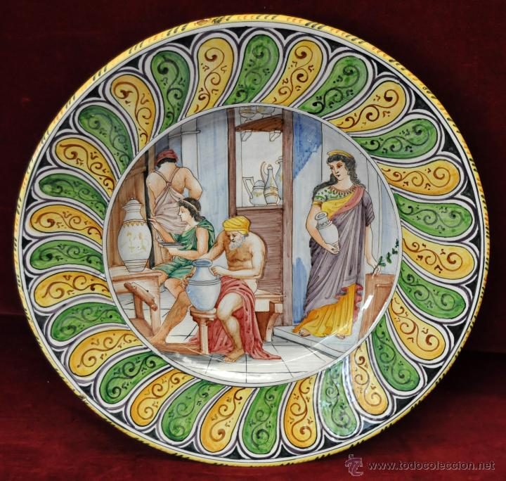 ALFREDO SANTARELLI (ITALIA, 1874 - 1957) PLATO EN CERÁMICA PINTADA DE PRINCIPIOS DEL SIGLO XX (Antigüedades - Porcelanas y Cerámicas - Otras)