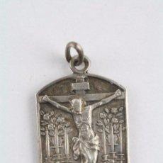 Antigüedades: ANTIGUA MEDALLA RELIGIOSA DE PLATA 800 MILÉSIMAS -SANTÍSIMO CRISTO DE FE. PARROQUIA SAN LUIS, MADRID. Lote 53059075