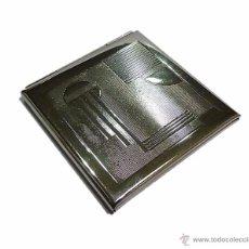 Antigüedades: ANTIGUA POLVERA ESPEJO DE BOLSO EN METAL CROMADO ART DECO - AÑOS 30-40. Lote 53067479