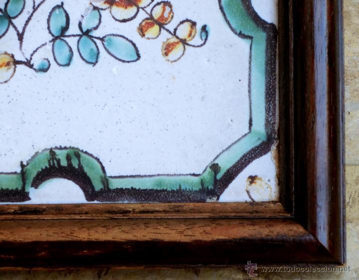 Antigüedades: MUY BONITO AZULEJO ENMARCADO - PINTADO A MANO - VALENCIA - TEMÁTICA FLORAL - COLECCIÓN - Foto 4 - 53069983