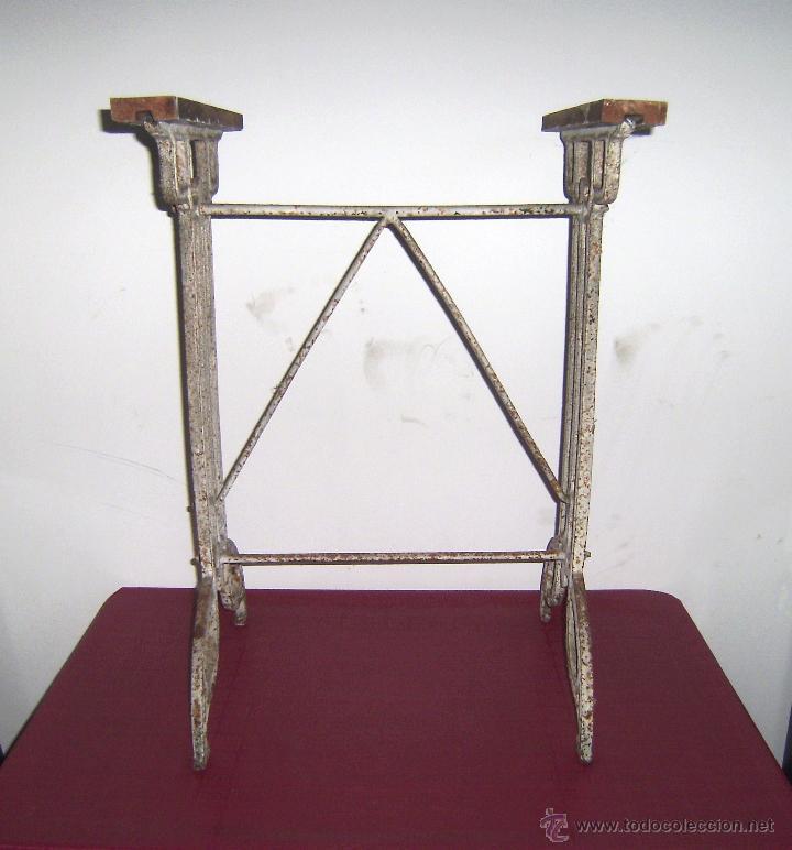 Antiguas Patas De Hierro Para Mesa Sold Through Direct Sale 53108002