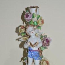 Antigüedades: FIGURA ALEMANA PORCELANA CANDELABRO ANGEL VOLKSTEDT GERMANY. Lote 53110498