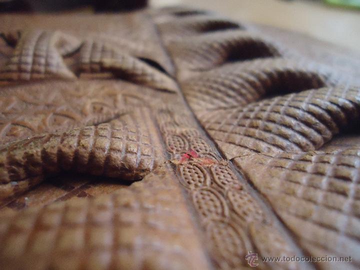 Antigüedades: espectacular bolso labrado señora o caballero cuero repujado trenzado antiguo original ver fotos - Foto 7 - 53119417