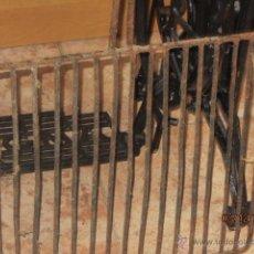 Antigüedades: PARRILLA ANTIGUA DE HIERRO. Lote 53134277